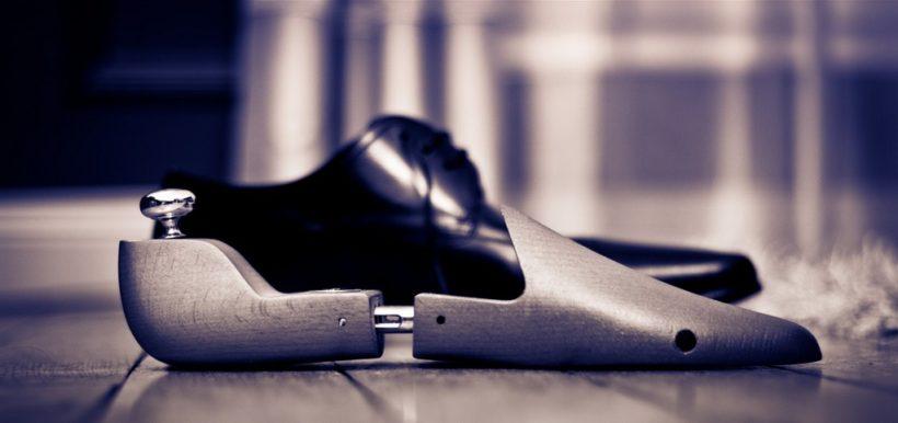 embauchoir en bois pour chaussure