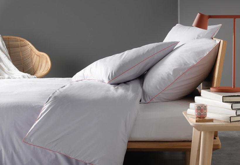 linge de lit haut de gamme pour clients exigeants. Black Bedroom Furniture Sets. Home Design Ideas